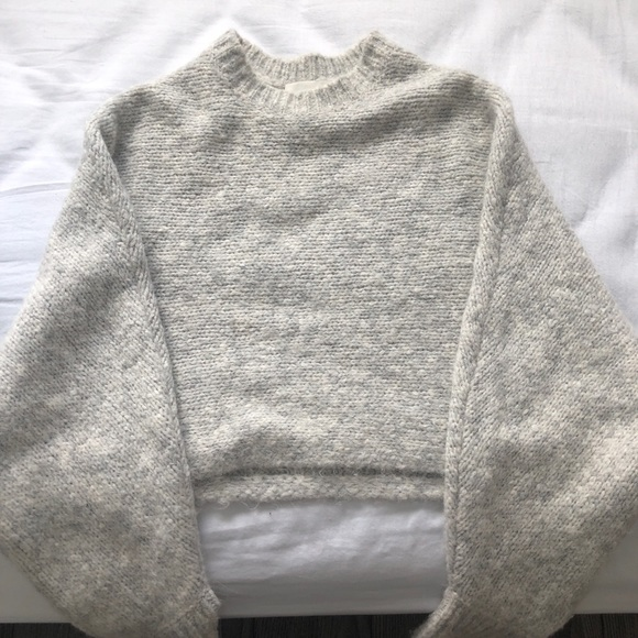 Aritzia Wilfred Free Lolan knit sweater